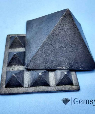 feng_shui_vastu_pyramid_gemsyogi.com